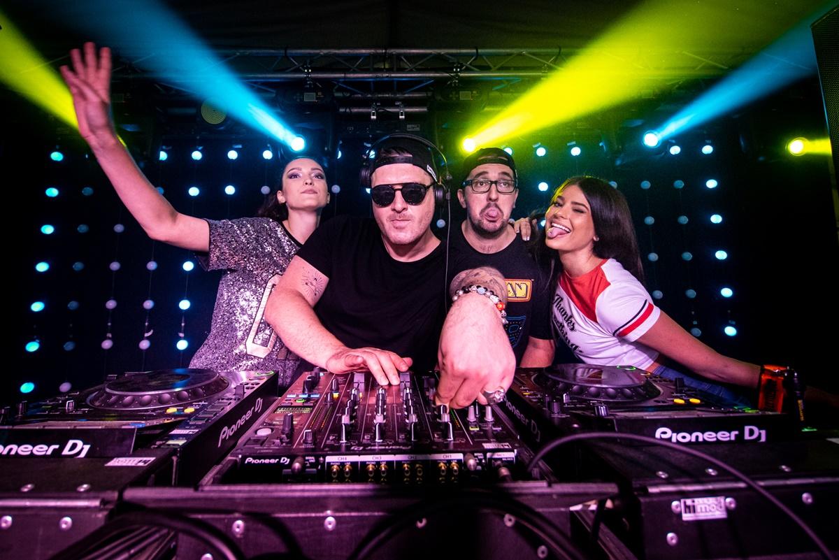 1556-Katapult DJ