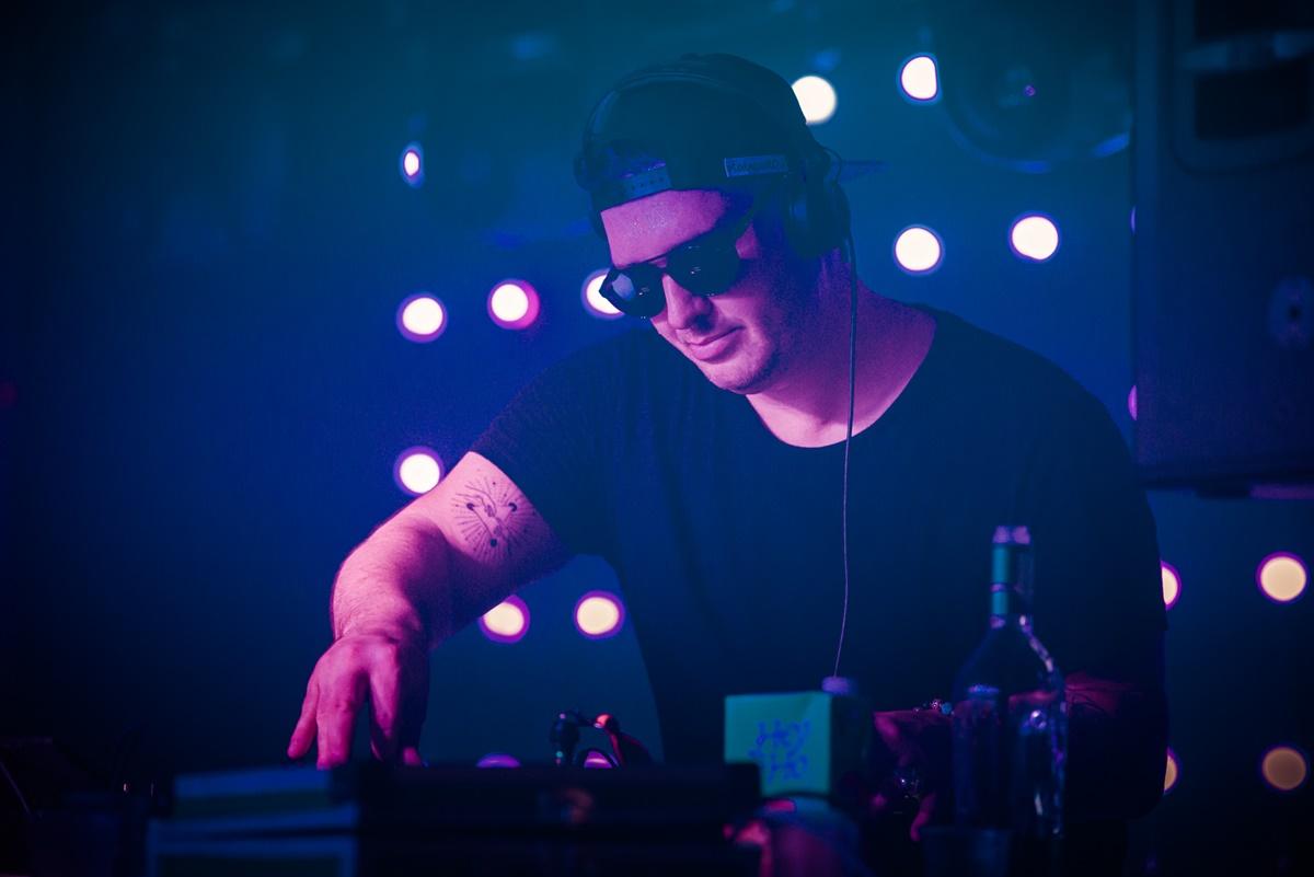 1617-Katapult DJ