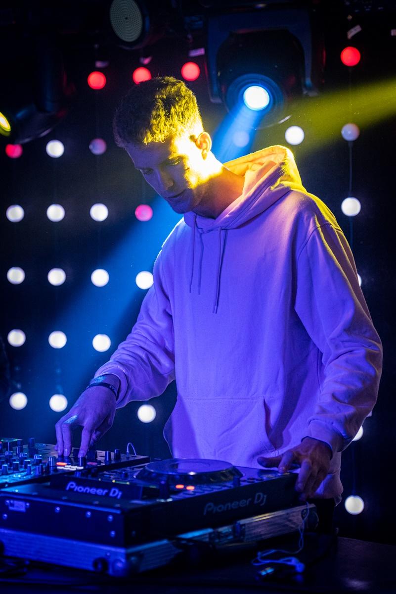 2188-DJ Gyóntatófülke