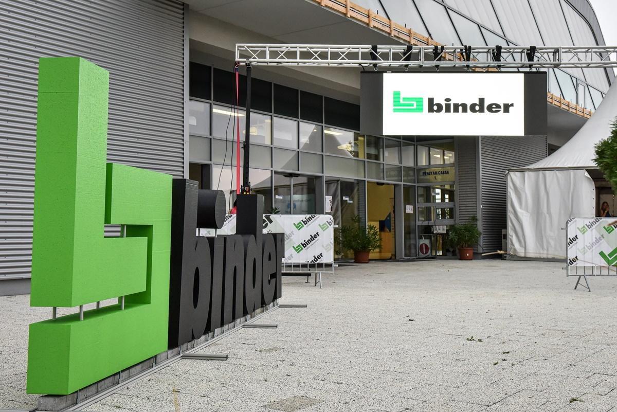 Binder Party 10