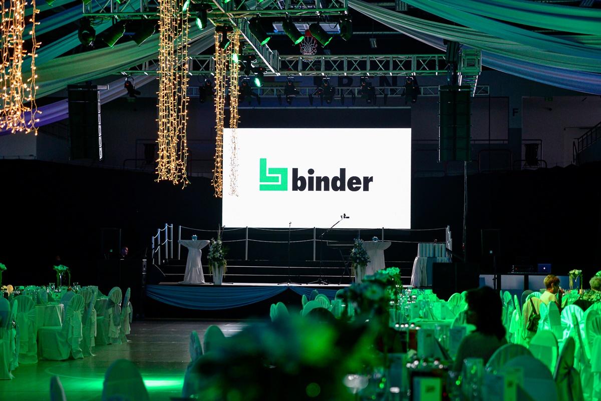 Binder Party 11