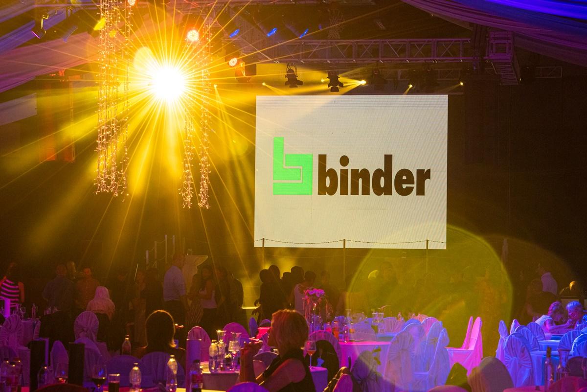 Binder Party 26